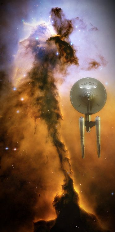Star Trek - Enterprise NCC 1701. Am I the only person who thinks this nebula looks like Tinkerbell?