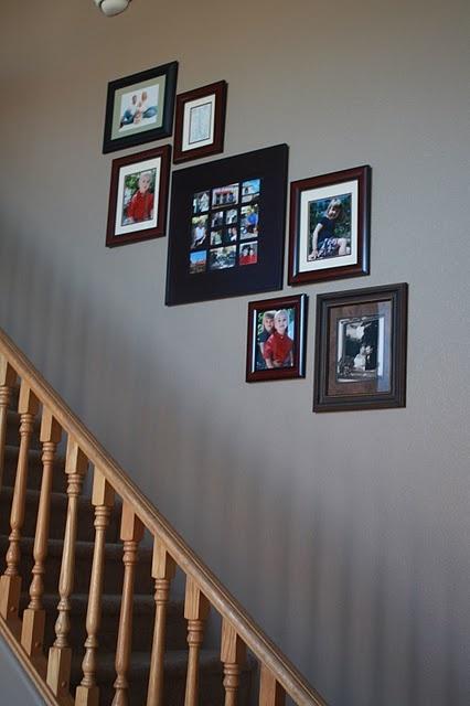 best 25 photo arrangement ideas on pinterest wall picture arrangements hanging pictures on. Black Bedroom Furniture Sets. Home Design Ideas