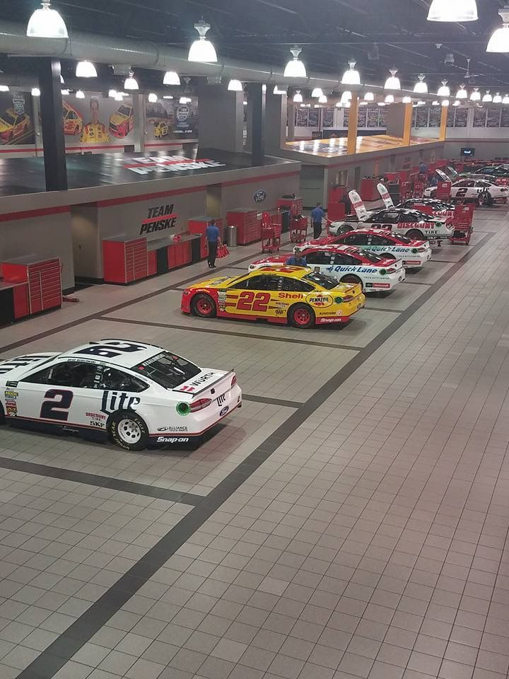 Pin By Thugwrench On Nascar And Racing Nascar Shop Garage