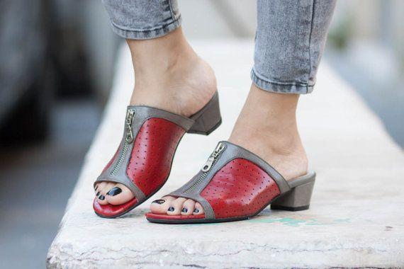 17 meilleures id es propos de sabots sur pinterest has beens su dois chaussures rouges et. Black Bedroom Furniture Sets. Home Design Ideas