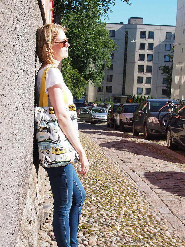 KUI Designin Turku-kassi.  My favorite summery bag.