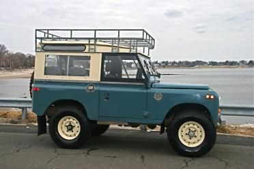 1971 Land Rover Series IIa 88 | Antique Auto Sales, Classic Cars, Exotic Automobiles | The Classic Car Gallery | Southport, CT