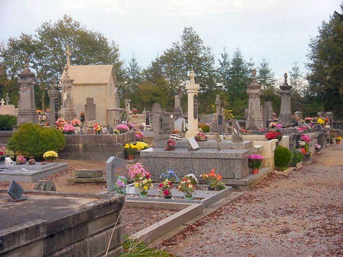 Oradour cemetery looking east