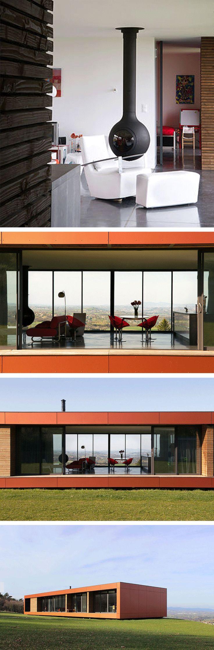 Maison contemporaine avec un bathyscafocus hublot by focus creation architecture design cheminee