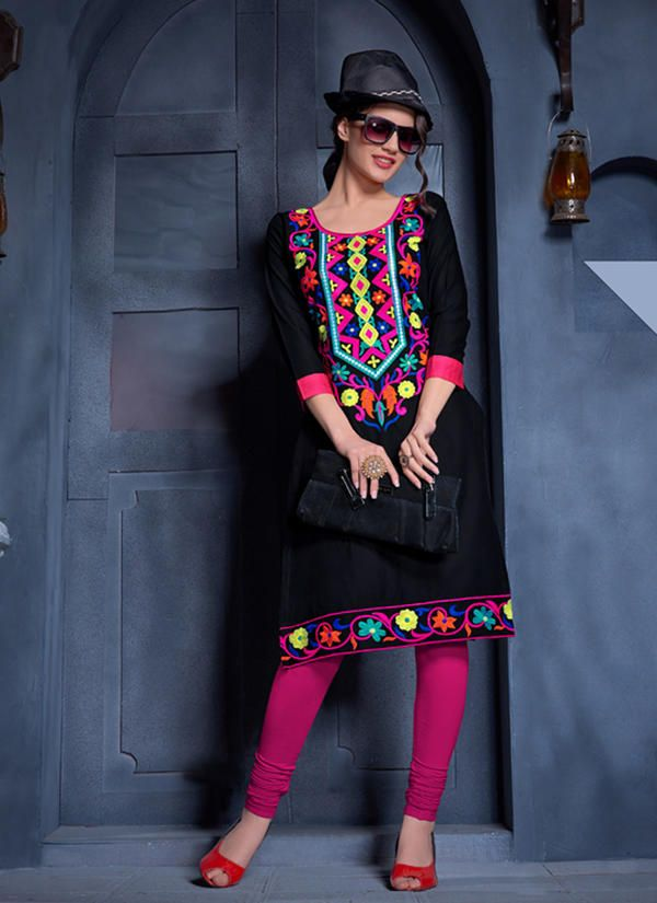 #VYOMINI - #FashionForTheBeautifulIndianGirl #MakeInIndia #OnlineShopping #Discounts #Women #Style #EthnicWear #OOTD Only Rs1468/, get Rs 312/ #CashBack, ☎+91-9810188757 / +91-9811438585