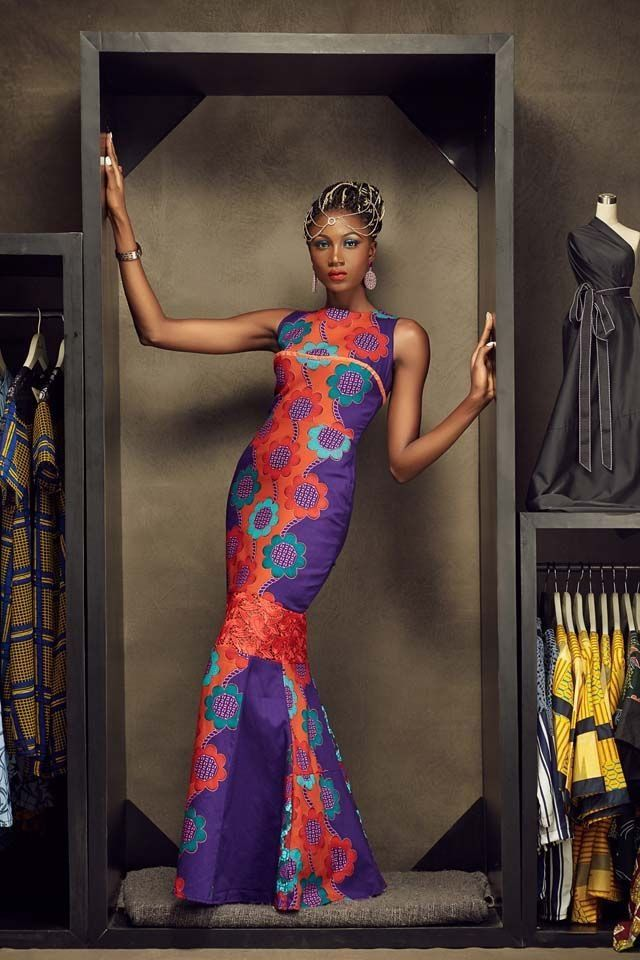It must be said that this very modern and feminine collection represents African fashion well in the air. The use of printed immediately gives this collection a stamp anchored in African clothing culture; but then cuts and marriage textiles and textures Icon gives a touch of authenticity and audacity. Related PostsShweshwe Dresses 2016 African Woman …