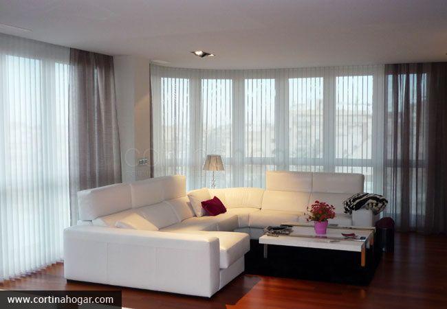 En este sal n minimalista y contempor neo la cortina - Visillos para salones ...