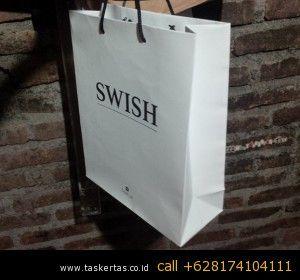 Paper bag penting untuk butik mau pun toko hijab, Paper bag malaysia kadang lebih bagus pesan di indonesia, tak jarang butik di malaysia memesan paper bag di china. http://www.taskertas.co.id/paper-bag-supplier.html