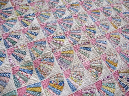 Quilt Pattern For Grandmother S Fan : Grandmother s fan Quilts Pinterest Fans and Grandmothers