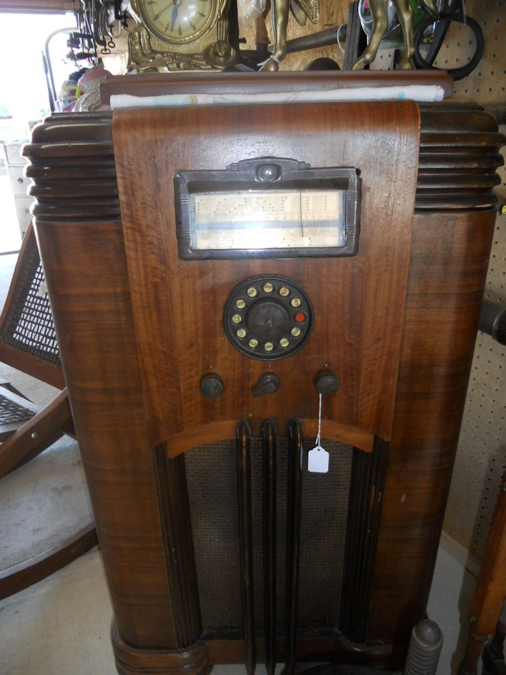 Old Radio in Caraways_Treasures' Garage Sale in Edgewood , IL for $45.00. Old  Radio - 150 Best Radio Cabinets Images On Pinterest DIY, Antique