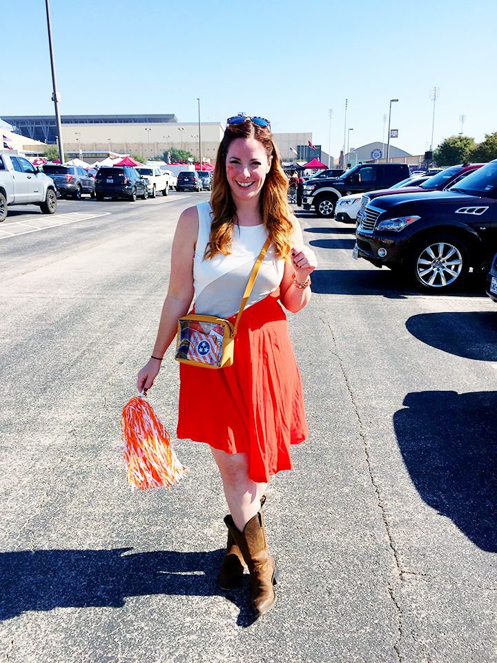 Neyland Is Gonna Be Rockin, So Don't Come a Knocking. Flying Fox Stadium Approved Handbag.
