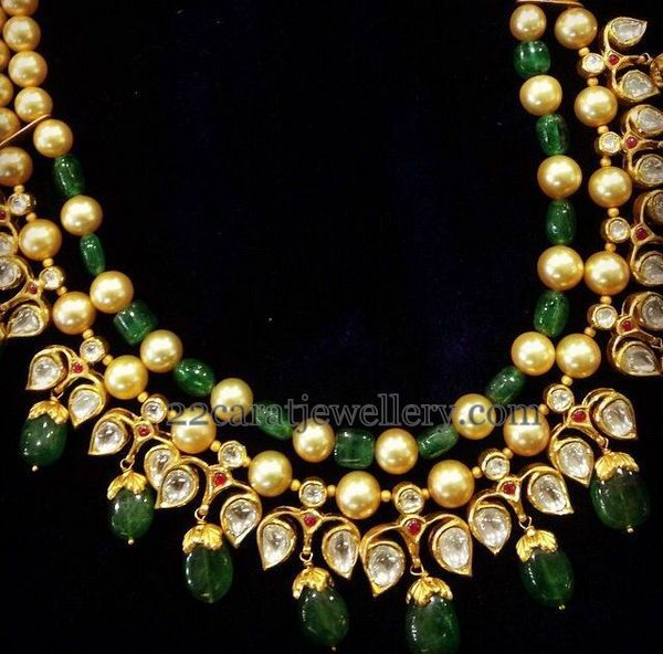 Jewellery Designs: Pearls Kundan Beads Sets