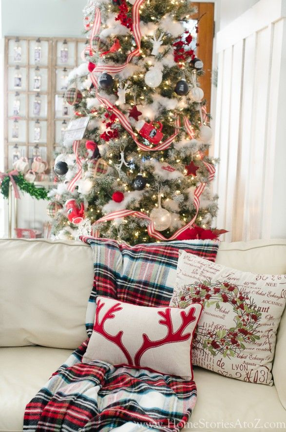 Plaid Christmas tree decorating ideas