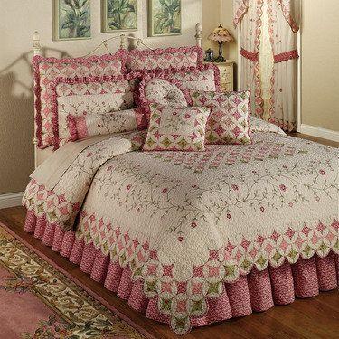 Coras Garden Cotton Quilt Set Bedding | Cathedral Window Quilt