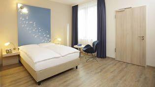 Moderne z.T. behindertengerechte Zimmer im H2 Hotel Berlin