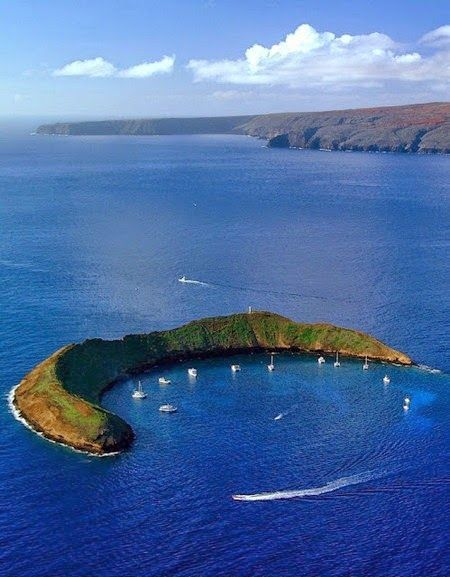 Molokini, the volcanic crater in Hawaii -