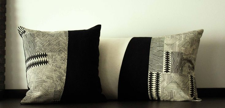 Coppia di cuscini bianco e nero