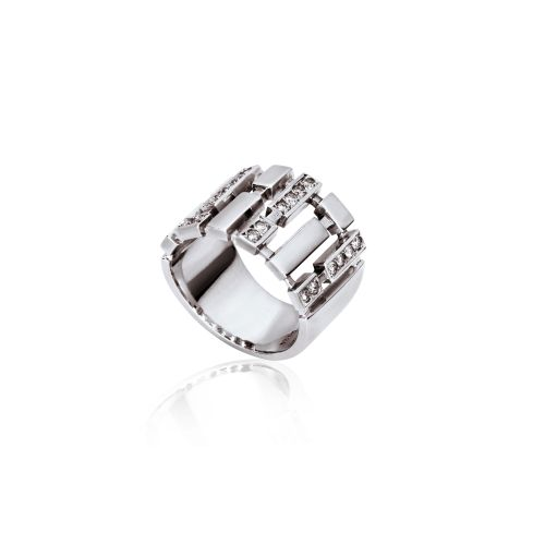 Cubic ring in 18KT white gold and diamonds.