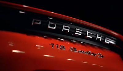 ps: The new 718 Boxster – Design.