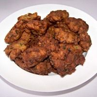 Cauliflower- Spinach Pakodi Recipe,Cauliflower and Spinach Pakora - Givoli.com
