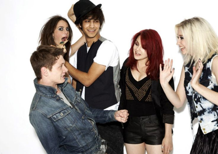 SKINS - GEN 2: Cook, Effy, Freddie, Emily, and Naomi played by Jack O'Connell, Kaya Scodelario, Luke Pasqualino, Kathryn Prescott and Lily Loveless