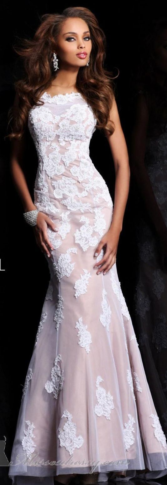 Sherri Hill Wedding Dresses Viewing Gallery