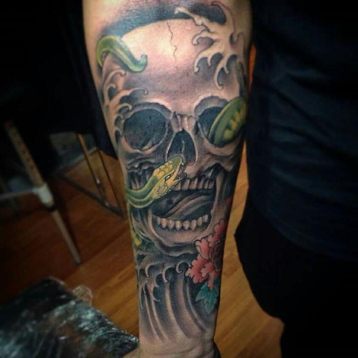 #tattooart #snake #oriental #japaneze #colorgray #skull #sirak