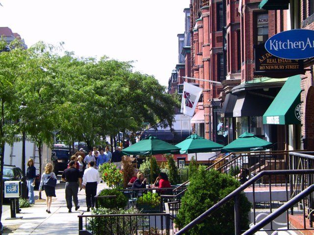 Newbury St, Boston, USA