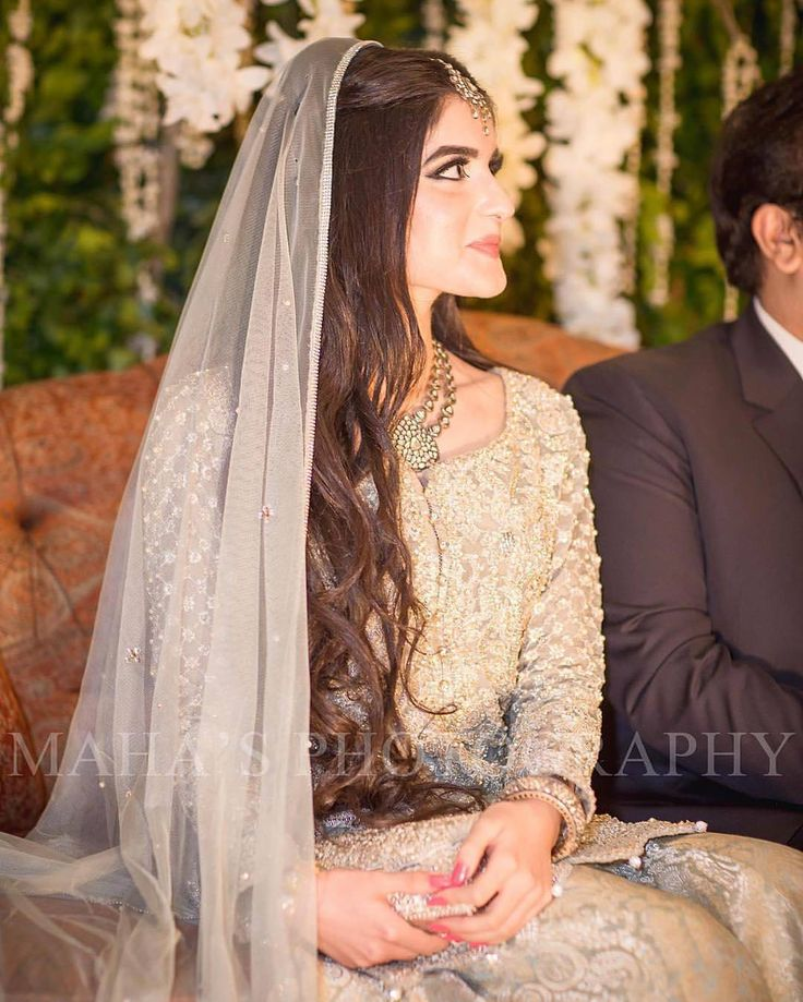 Engagement Hairstyles Pakistani: See This Instagram Photo By @dulhaanddulhan • 10k Likes