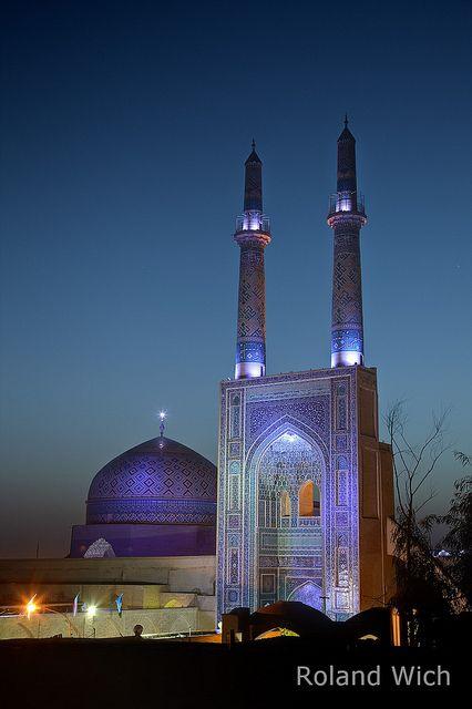 http://www.greeneratravel.com/ info@greeneratravel.com Yadz . Friday Mosque . Iran