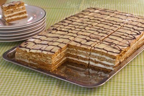 """Prăjitura cu foi cu miere și nucă """"Frumoasa Adormită"""""""