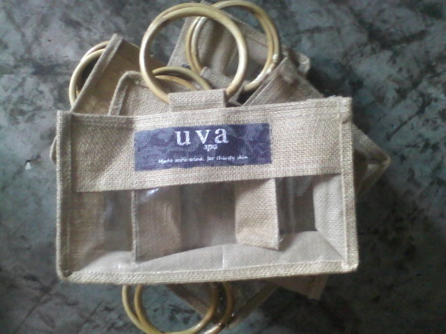 Jute jar bag of three bottles with cane handle. We are manufactuer of jute bag & 8 best Jute jar bags images on Pinterest | Burlap Jute and Wine ...