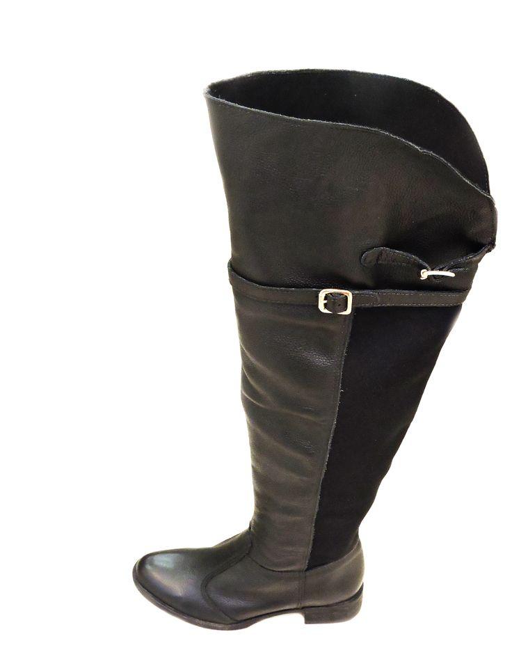 Os detalhes fazem toda a diferença, não é mesmo? Está linda bota Over The Knee você encontra na Happy Walk do ShopSãoJosé por R$259,90.