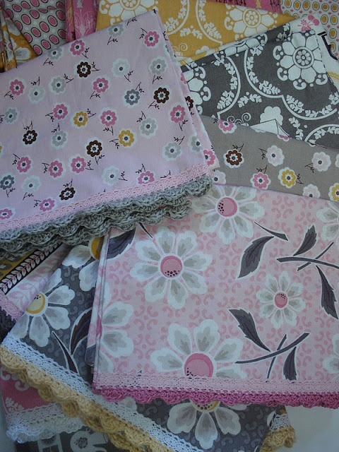 Crochet edge pillowcase pattern ~ Love your work Lori! 1yd. of fabric to make a pillowcase.