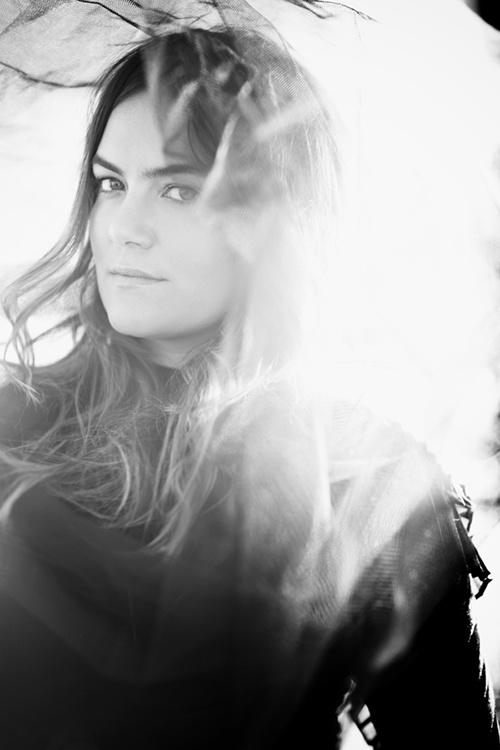 Julia Stone by Jennifer Stenglein Photography #AngusandJuliaStone #music #photography