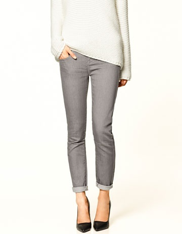 grey jeans: Clothing Styl, Colors, Clothing Fal, Fashion Inspiration, Closet, Grey Jeans, Affordable, Capsule Wardrobes, Grey Skinny Jeans