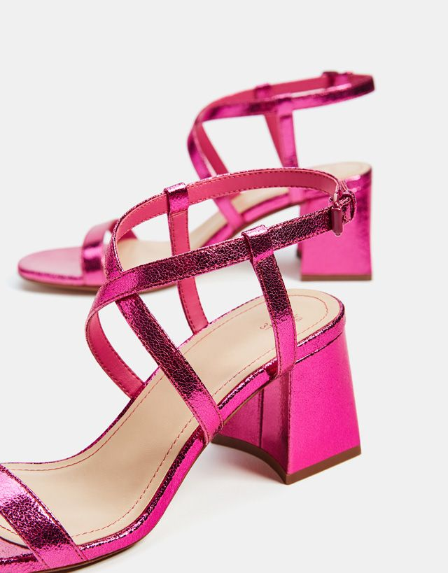 a41f0c8c83f Metallic heel sandals - Bershka  fashion  product  shoes  cool  trend   trendy  outfit  girl  pink  metallic  heel  heels  sandals  sandalias   rosas ...
