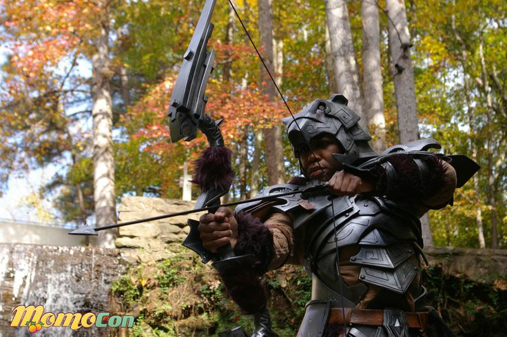 my skyrim cosplay (redguard adventurer) - set of 5 awesome pix