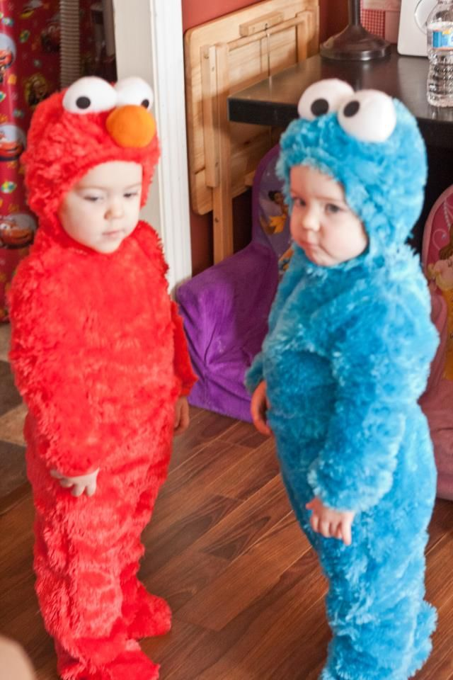 Halloween Ideas for Twins and Triplets!