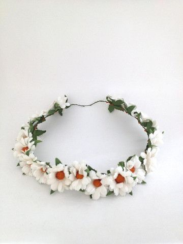 Flower Crowns (Full & Half)  Cream Daisies