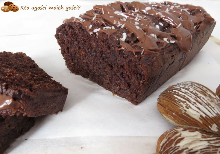 Kto ugości moich gości?: Ciasto czekoladowe z kaszy gryczanej - bez mąki i cukru (Zdrowe słodycze #1)