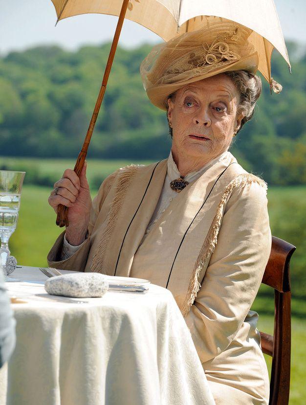 Violet Crawley (Maggie Smith), the dowager dans Downton Abbey. Extraordinaire personnage, le sel de la série.