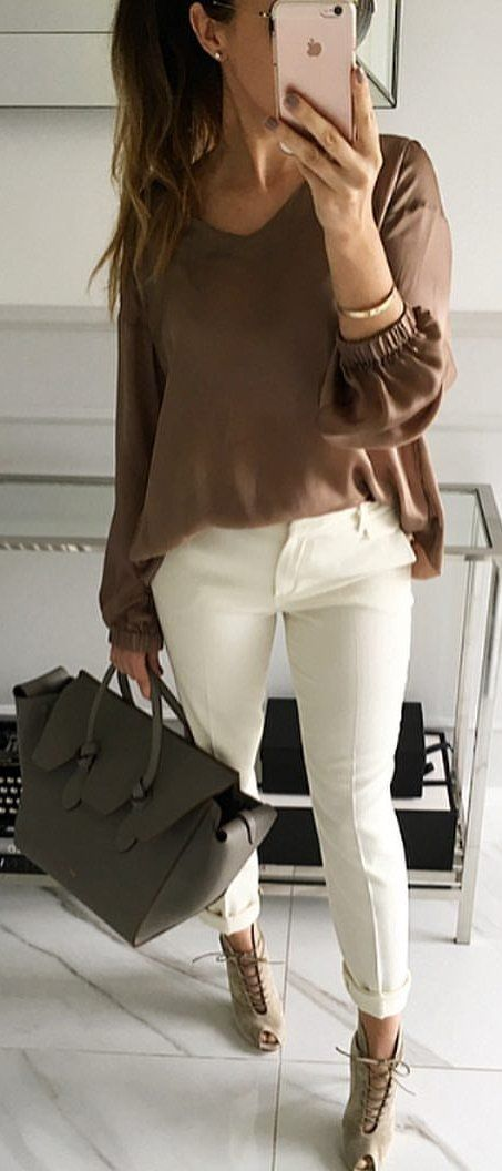 #summer #outfits  Brown Blouse + White Skinny Pants + Grey Lace-up Booties ☕️