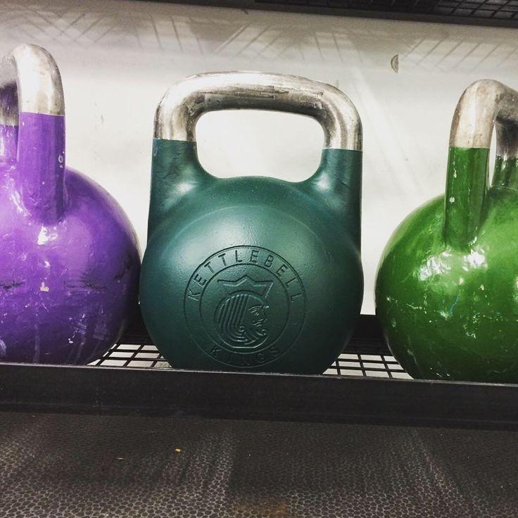 Love this pic! Thanks for the share @bodyworkathletics ・・・ Loving my new @kettlebellkings 24kg   #kettlebell #kettlebells #kettlebellworkout #kettlebelltraining