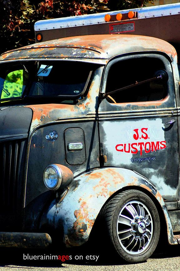 Mr Soul. Truck Photography, Rusty Old Trucks, Urban Decay, Urban Photography by…