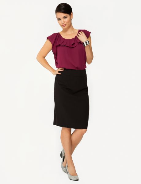 #NewandNow Perfect for any work or formal occasion, this knee-length pencil skirt is lined and has a split at the back.