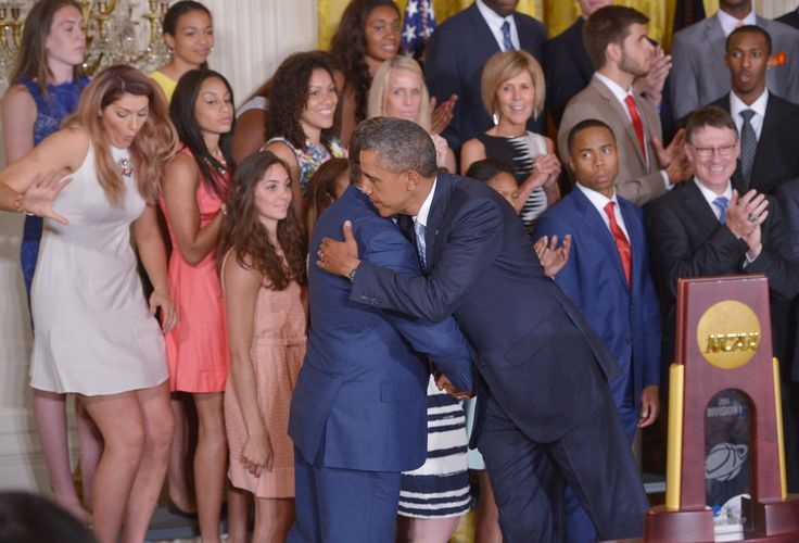 UConn basketball player falls off the stage at White House