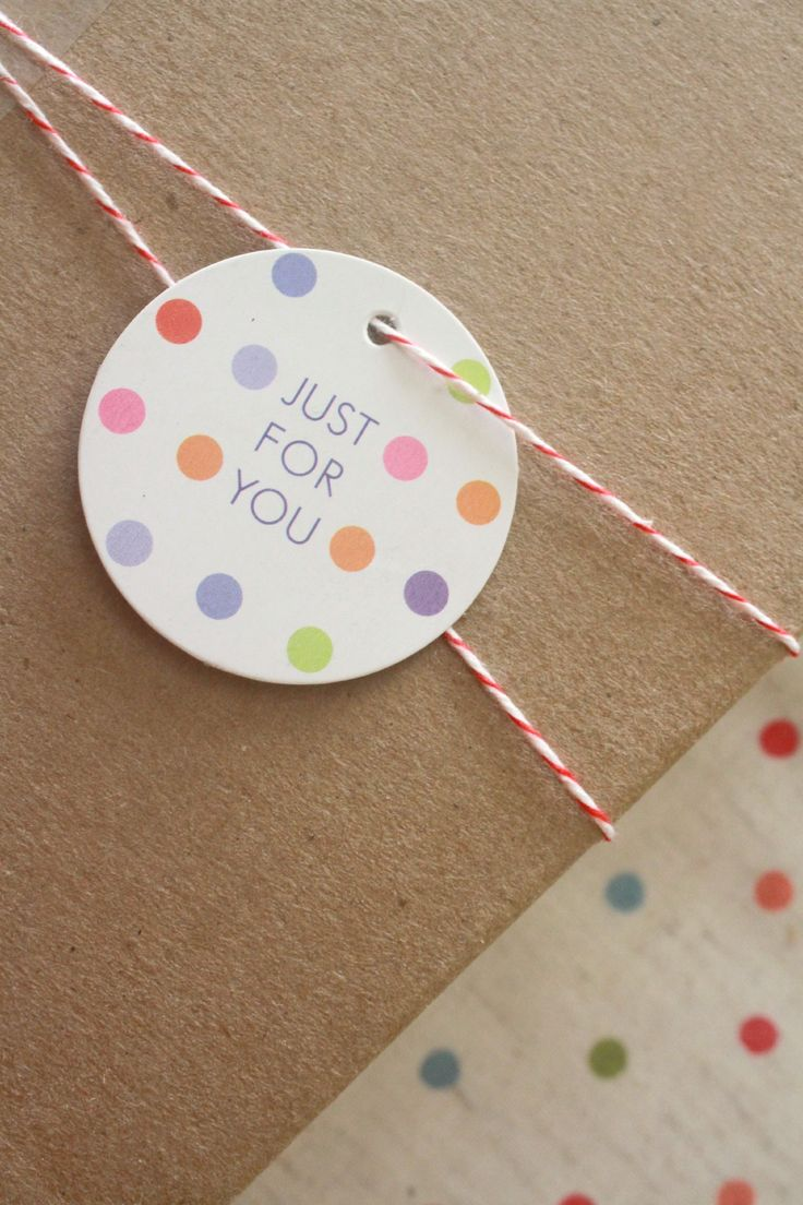 Polka dot gift tags and bakers twine from Chibi Run