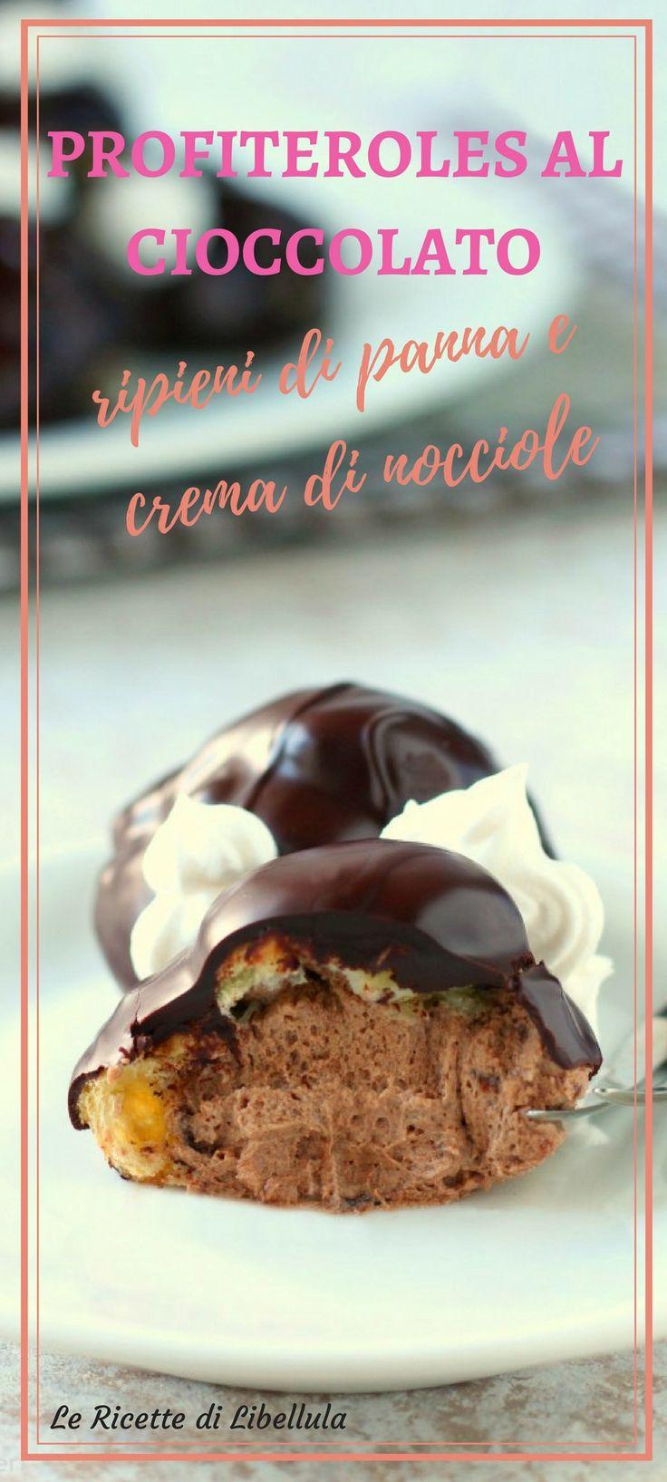 profiteroles al cioccolato ripieni di panna e crema di nocciole sono un dolce irresistibile perfetto da realizzare per le feste, compleanni e occasioni speciali. Leggi la ricetta!