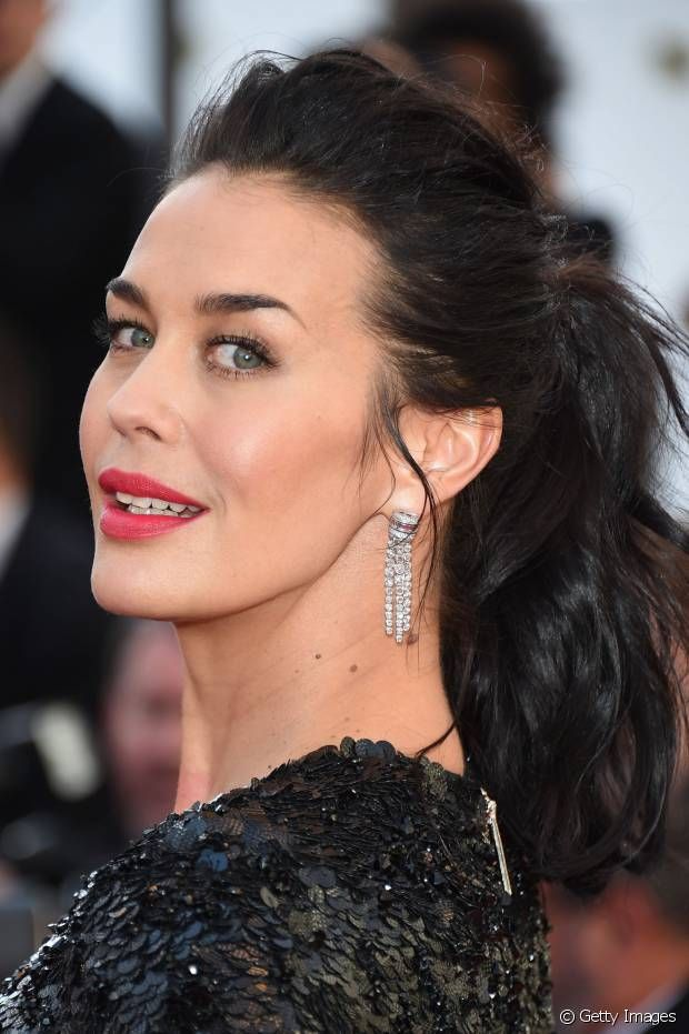 Megan Gale: una ponytail da red carpet a Cannes 2015
